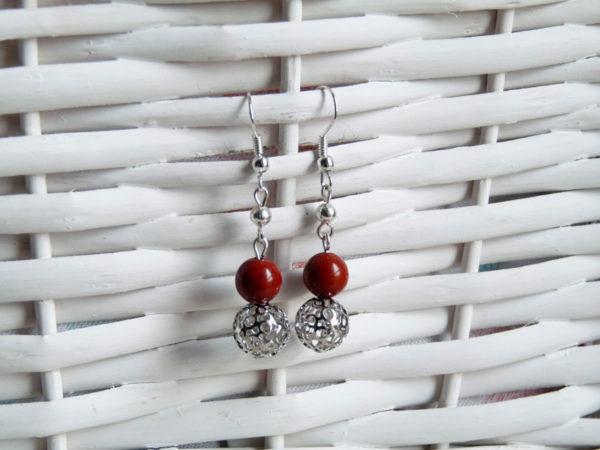 Boucles d'oreilles Jaspe filigrane, avec perles de jaspe rouge, perles filigranées en métal, et petites perles en métal
