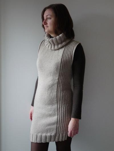 Robe en tricot beige