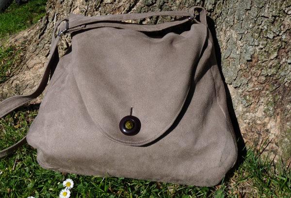 Le sac en suédine