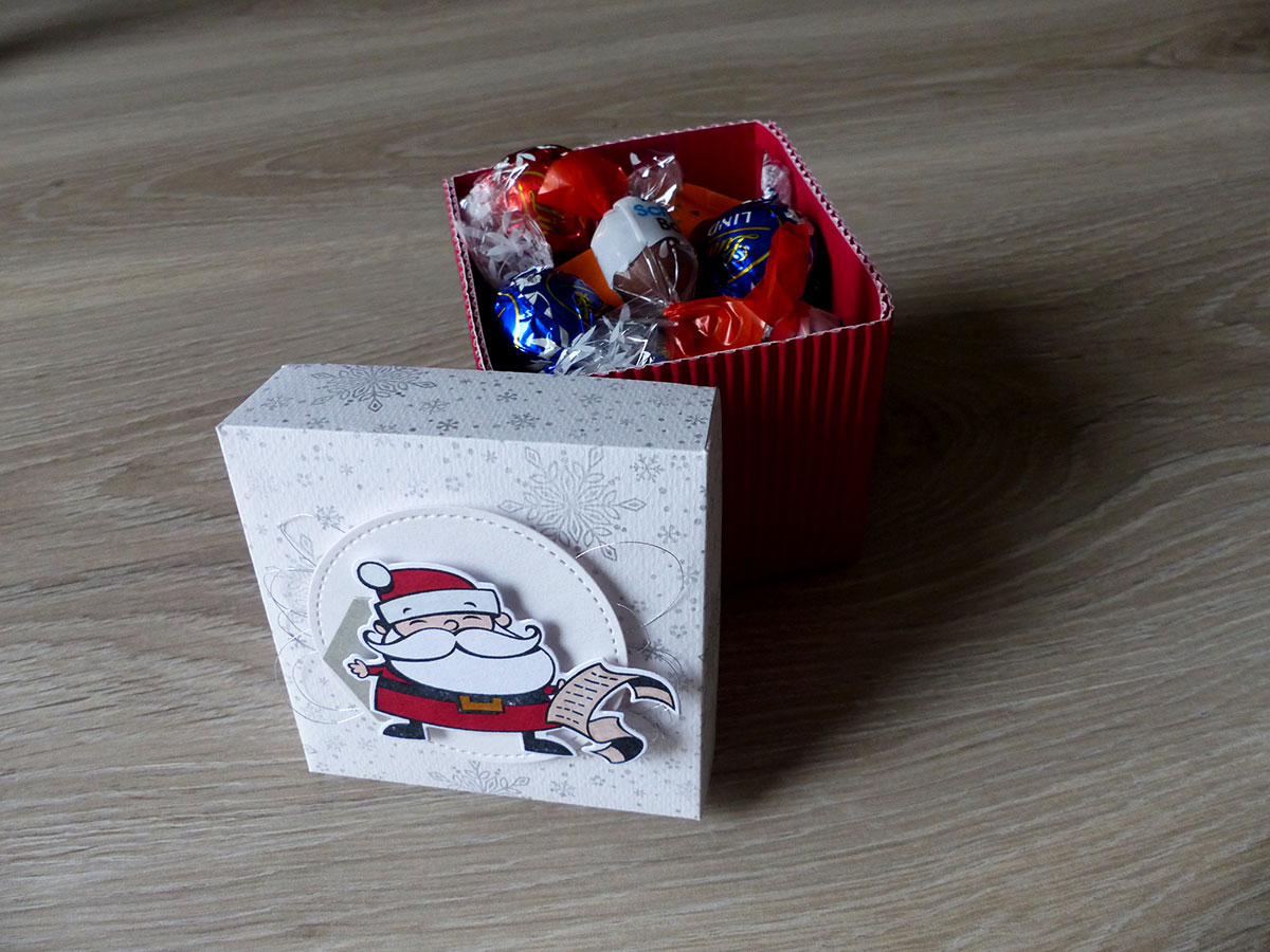 La boîte avec les chocolats